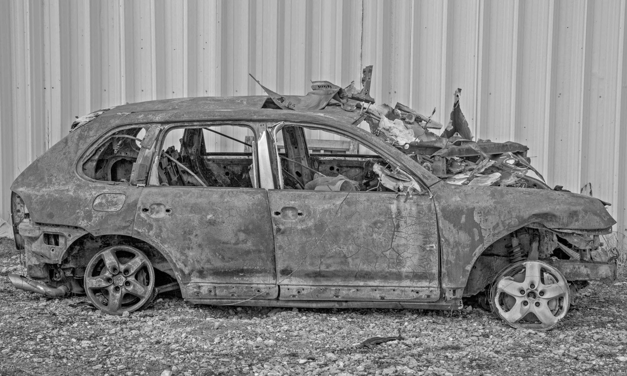 Šrotovisko starých a havarovaných áut